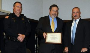 Mike Fuljenz gets police award