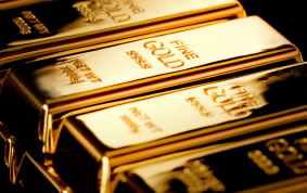 Gold Ends Slightly Lower; Palladium Soars to New Record