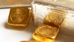 Gold Edges Higher, Silver Advances for Second Session