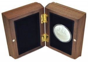 Case for coins of the The Famous Ships That Never Sailed Series
