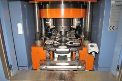 Pressing and coin die area of Grabener press