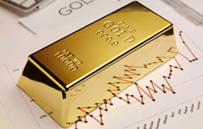 Gold Ends Above $1,300, Snapping Four-Week Losing Streak