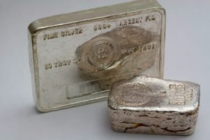 Pure silver bullion bars
