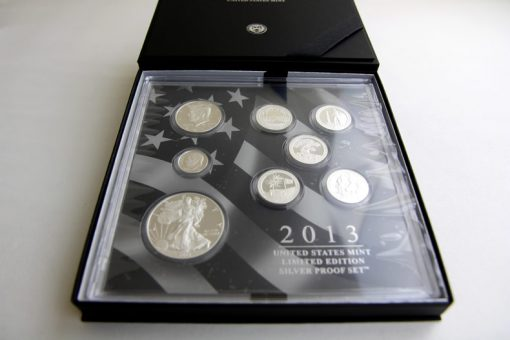 Lens in presentation case of the 2013 Limited Edition Silver Proof Set
