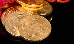 Gold, Silver Fall on Week; US Mint Bullion Sales Rise Sharply
