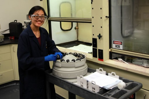 Grace Cheong, Chemist at West Point Mint - Preparing microwave vessels