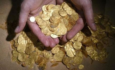 Fatimid period gold coins