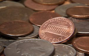 US 25-cent coins and pennies