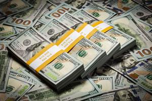 US Money, $100s