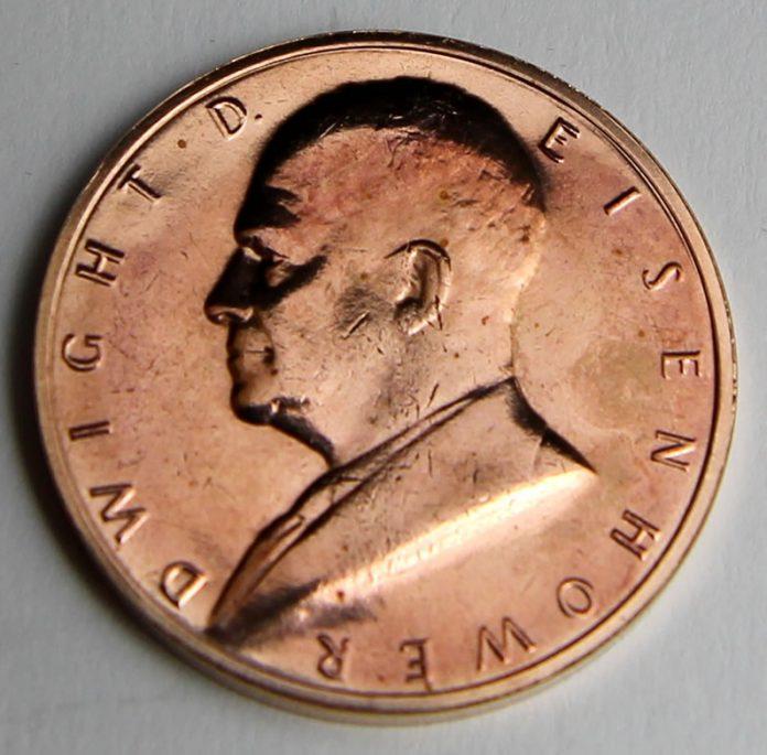 Dwight D Eisenhower Presidential Bronze Medal, Obverse
