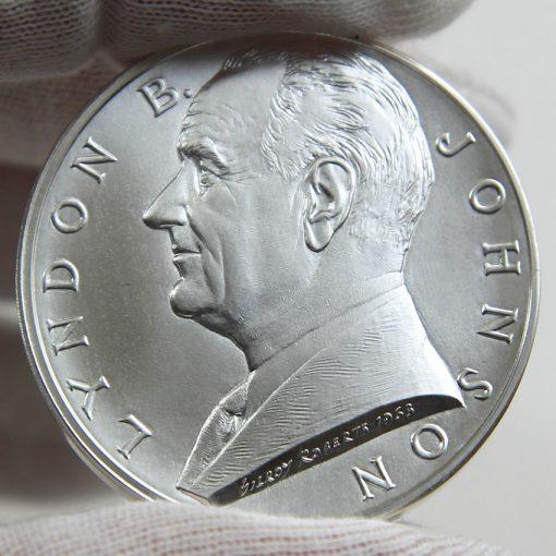 Lyndon B. Johnson Silver Medal, Obverse