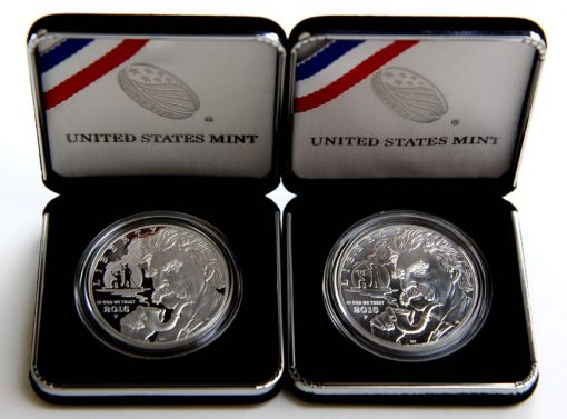 Mark Twain Silver Dollars in Cases-a