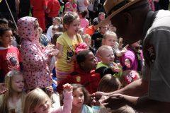 Kids Receiving Free Cumberland Gap Quarters, a
