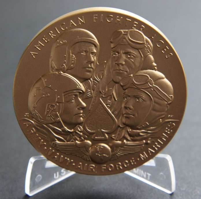 American Fighter Aces 3-Inch Bronze Medal, Obverse