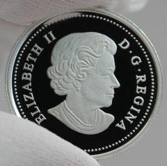Canadian 2016 $3 Queen Elizabeth Rose Silver Coin, Obverse -a