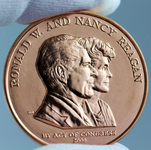 Ronald and Nancy Reagan Bronze Medal - Obverse