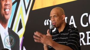 Kareem Abdul-Jabbar to Step Down from CCAC