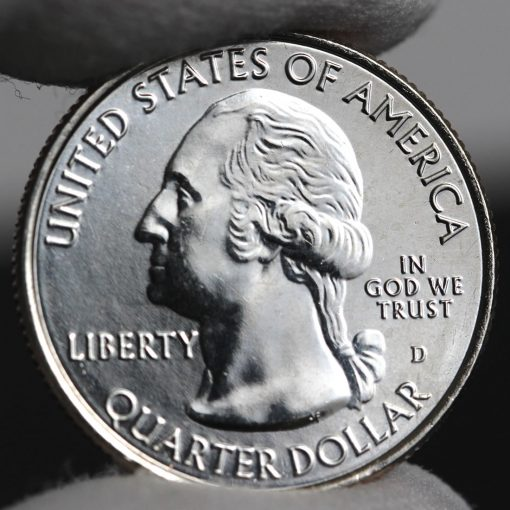 Photo of clad 2018-D Uncirculated Voyageurs National Park Quarter - Obverse