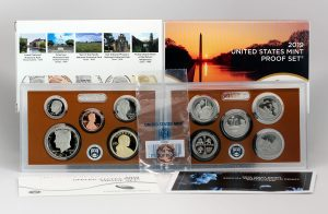 Photo of US Mint 2019 Proof Set and 2019-W Lincoln Cent