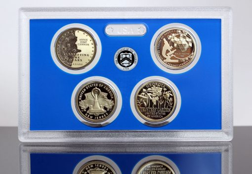CoinNews Photo of Lens of 2019 American Innovation $1 Coin Proof Set
