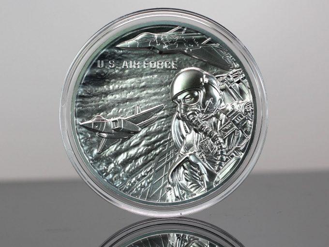 CoinNews photo U.S. Air Force Silver Medal - obverse