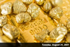 Gold prices edged less than 0.1% higher in August