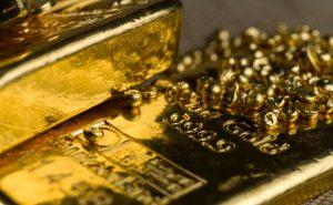 Gold prices fell 3.4% in September